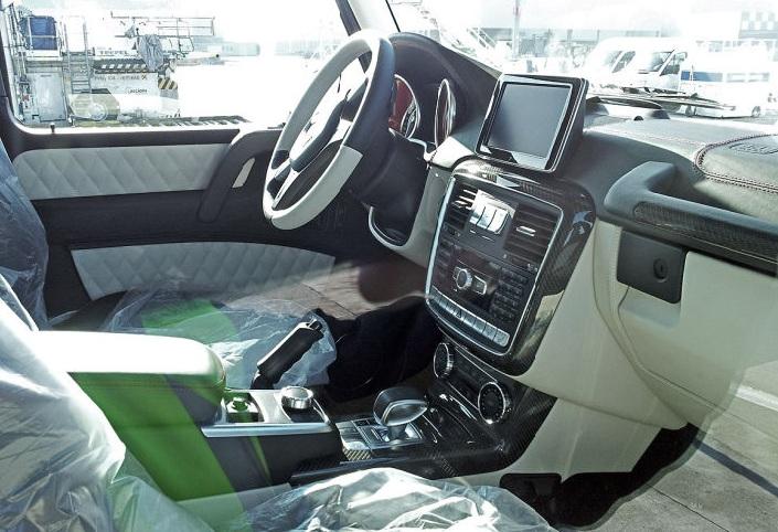 Внедорожник Mercedes-Benz G 63 AMG 6x6 – настоящий армейский джип, для обычных автолюбителей.